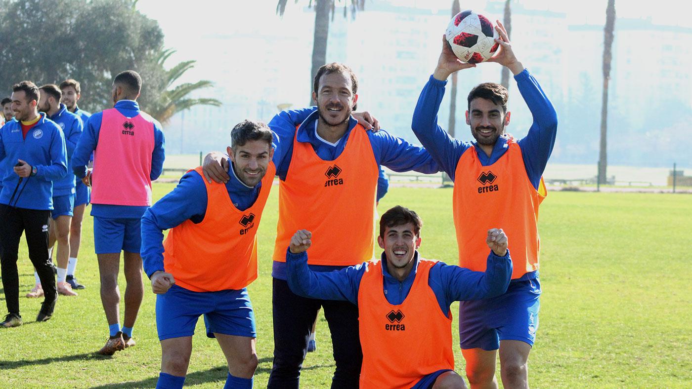 Lista de convocados para el partido con el Ceuta