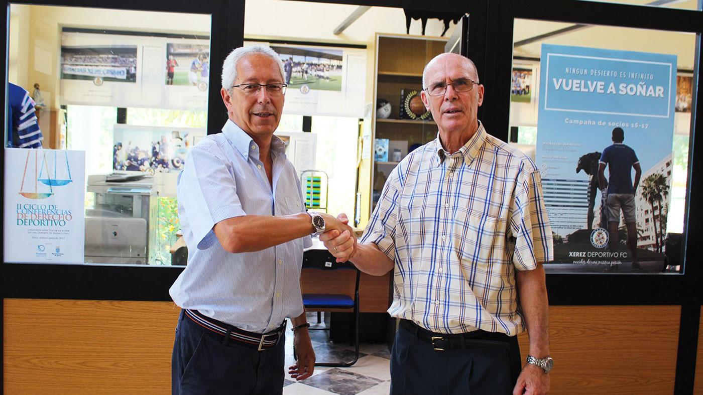 Recogida de firmas para Pepe Ravelo
